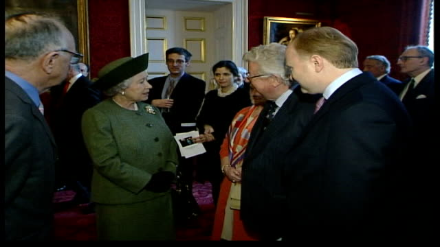 queen attends reception for centenary of the pilgrims england london st james's palace int queen elizabeth ii in room chatting to people at reception... - pilgrimage stock videos & royalty-free footage