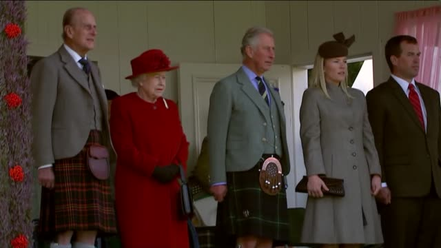 queen attends the highland games in braemar scotland aberdeenshire braemar ext various of queen elizabeth ii prince philip the duke of edinburgh and... - highland games stock videos & royalty-free footage