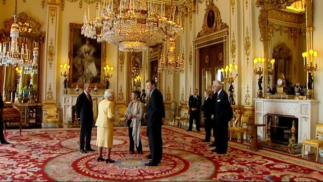 queen elizabeth and duke of edinburgh host reception for civil service commissioners england london buckingham palace photography * * queen elizabeth... - コミッショナー点の映像素材/bロール