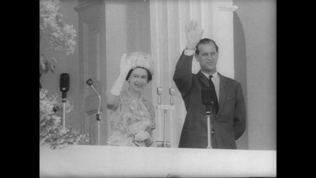 vídeos de stock, filmes e b-roll de queen elizabeth and prince philip arrive in british guinea as the commonwealth prepares for upcoming independence / view of orinduik falls / royal... - realeza