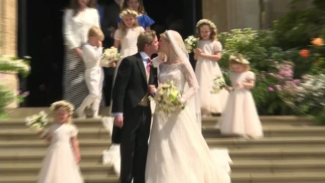 queen elizabeth and royal family attend wedding of lady gabriella windsor; england: berkshire: windsor: ext lady gabriella windsor and thomas... - celebrities video stock e b–roll