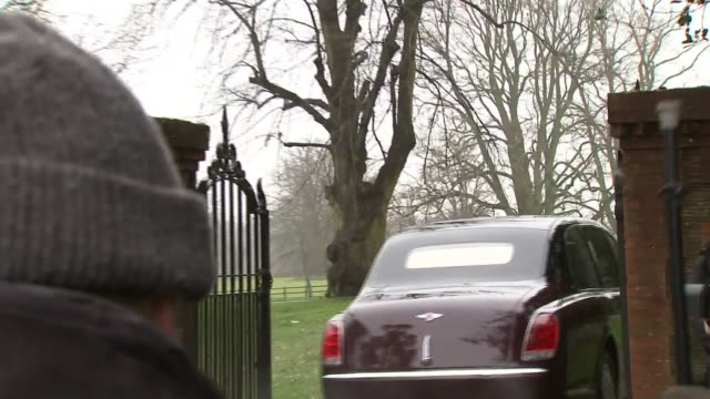 queen elizabeth attends church service in sandringham; england: east anglia: norfolk: sandringham: ext motorcade carrying queen elizabeth ii and... - sophie rhys jones, countess of wessex stock videos & royalty-free footage