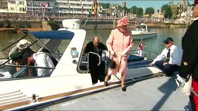 queen elizabeth diamond jubilee tour ends in isle of wight; england: isle of wight: ext queen elizabeth and prince philip, duke of edinburgh, from... - diamond jubilee stock videos & royalty-free footage