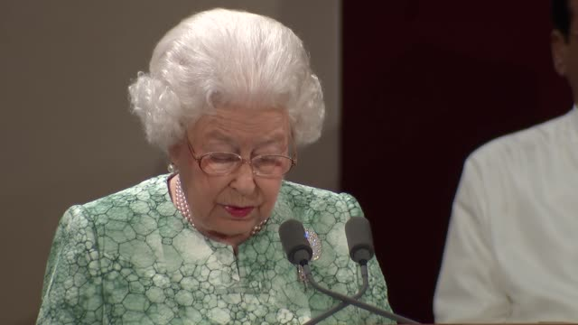 vídeos y material grabado en eventos de stock de queen elizabeth hosts opening ceremony for commonwealth heads of government queen elizabeth ii speech sot may sec gen pleasure to welcome you to my... - semana