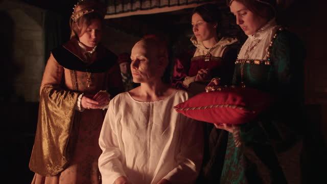 queen elizabeth i being dressed by servants - elizabethan era reenactment - british royalty stock videos & royalty-free footage