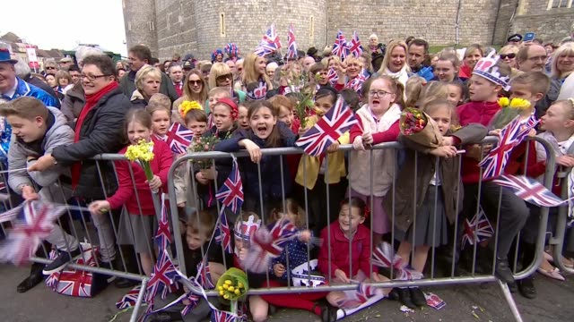 walkabout route england berkshire windsor ext people sing happy birthday sot / bunting and union jack flags on parade route / crowds outside windsor... - 90th birthday stock videos and b-roll footage