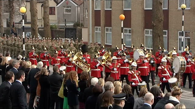 queen elizabeth ii admitted to hospital with gastroenteritis 232013 swansea british troops marching at military parade to mark st david's day - 胃腸炎点の映像素材/bロール