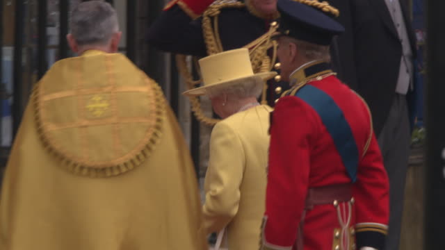 Queen Elizabeth II and Prince Philip Duke of Edinburgh arrive at Westminster Abbey at the Royal Wedding Arrivals Westminster Abbey A Roll at London...