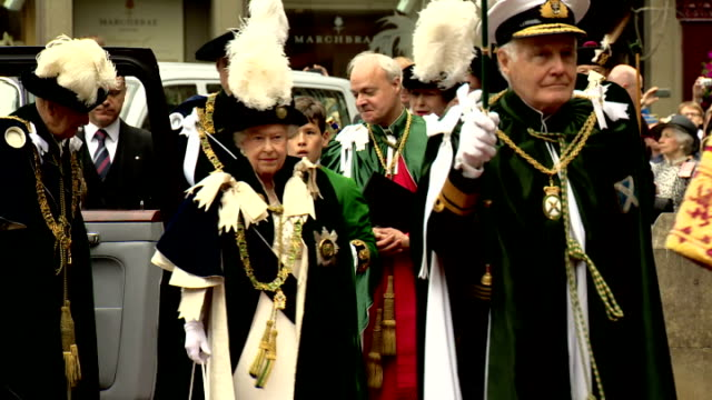 queen elizabeth ii attended an order of the thistle service at st giles' cathedral, as part of her holyrood week engagements. shows queen elizabeth... - week video stock e b–roll
