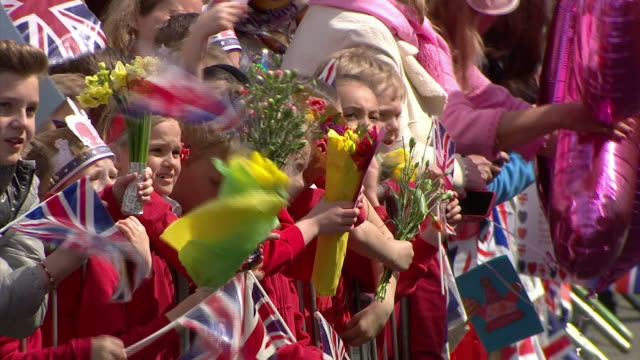 queen elizabeth ii greeting crowds of wellwishers at windsor castle on her 90th birthday - over 80 stock videos & royalty-free footage