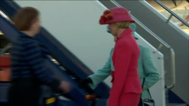 queen elizabeth ii official visit: row over protocol; *** warning some flash photography queen along from plane on arrival to meet julia gillard ,... - british royalty stock videos & royalty-free footage