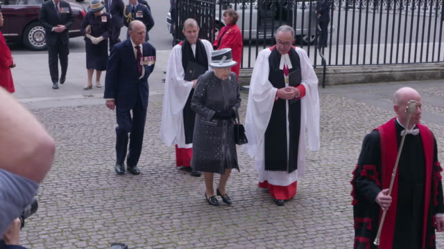 hrh queen elizabeth ii prince philip duke of edinburgh attend westminster abbey for battle of the somme centenary westminster abbey service on june... - westminster abbey stock-videos und b-roll-filmmaterial