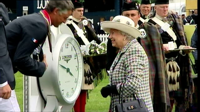 queen elizabeth ii rounds off historic week with trip to perthshire horse show shows exterior shots of queen elizabeth ii awarding bronze medals to... - perthshire stock videos & royalty-free footage