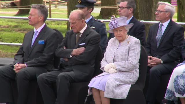 hrh queen elizabeth ii the duke of edinburgh visit the elephant exhibit at whipsnade zoo on april 11 2017 in dunstable england - wildlife conservation stock videos & royalty-free footage