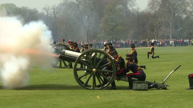 queen elizabeth ii today celebrated her 90th birthday. members of the king's troop royal horse artillery fired a 41 gun salute in hyde park in honour... - 90th birthday stock videos & royalty-free footage
