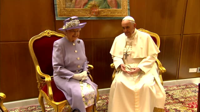 queen elizabeth ii visit to the vatican in rome; ext point of view shot forward from car to st peter's square int queen and duke of edinburgh meet... - pope stock videos & royalty-free footage