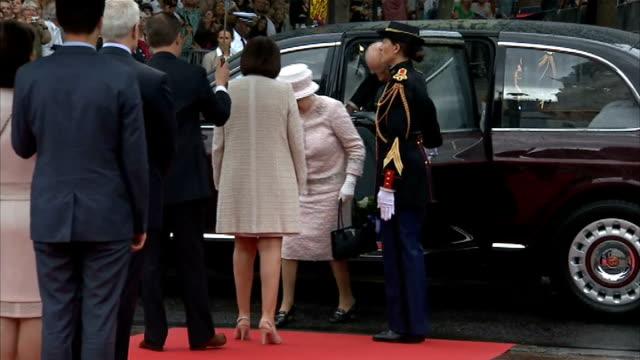 queen elizabeth ii visits paris market on trip to commemorate dday france paris ext **music heard intermittently sot** royal bentley car along /... - アロマンシェス点の映像素材/bロール