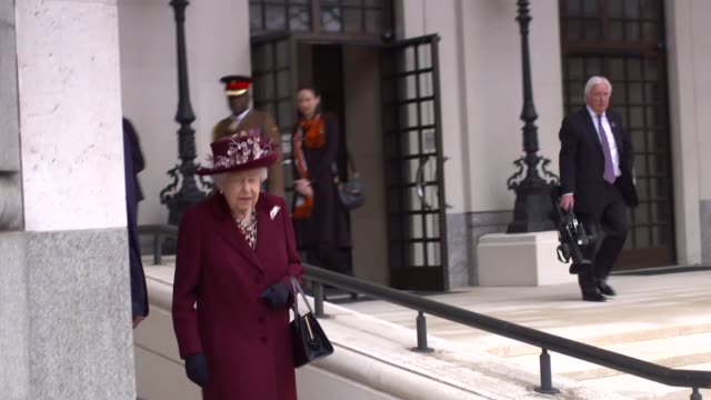 queen elizabeth ii visits the mi5 headquarters; england: london: ext andrew parker along with queen elizabeth ii from mi5 headquarters / queen into... - raw footage stock videos & royalty-free footage