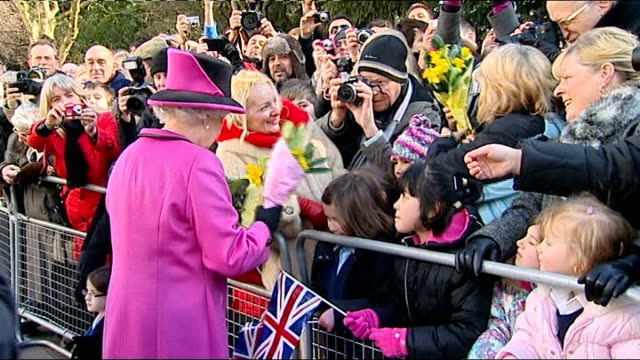 queen elizabeth to visit republic of ireland england warwickshire leamington spa ext queen elizabeth accepting flowers from members of crowd during... - leamington spa stock videos & royalty-free footage
