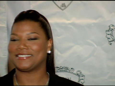 vídeos y material grabado en eventos de stock de queen latifah at the 2005 national board of review of motion pictures awards ceremony at tavern on the green in new york new york on january 10 2006 - queen latifah