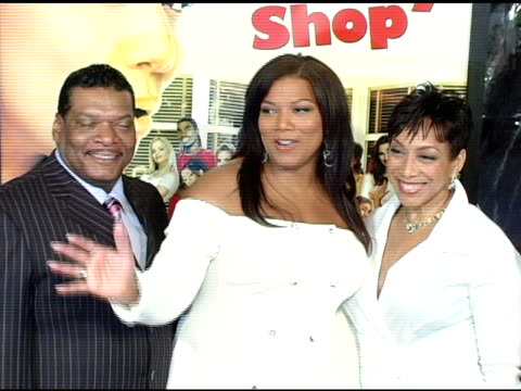 queen latifah at the 'beauty shop' world premiere at the mann national theatre in westwood california on march 24 2005 - mann national theater stock videos and b-roll footage