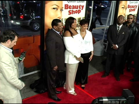 queen latifah at the 'beauty shop' world premiere at the mann national theatre in westwood california on march 24 2005 - mann national theater stock videos & royalty-free footage