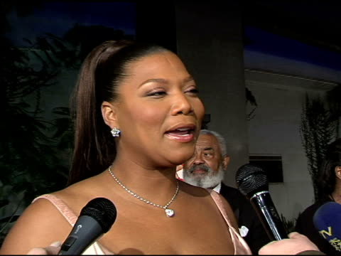 vídeos y material grabado en eventos de stock de queen latifah on the theme of the film her character taking chances in the film and in life what she would do if she was in same situation and doing... - queen latifah