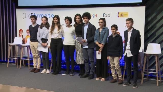 vídeos y material grabado en eventos de stock de queen letizia of spain attends ' formate' project presentation in madrid - letizia