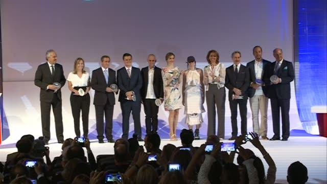 vídeos y material grabado en eventos de stock de queen letizia of spain attends the national fashion awards at museo del traje - letizia
