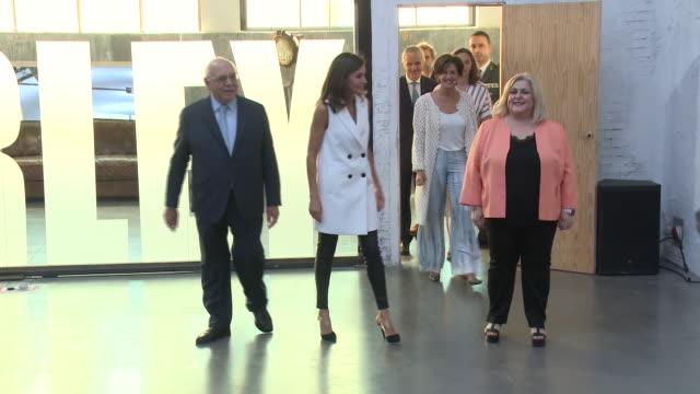 vídeos y material grabado en eventos de stock de queen letizia of spain attends the presentation of '#femtastica' - letizia