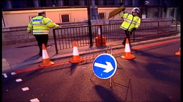 westminster security / preparations england london westminster police cordoning off sections of road outside westminster hall with traffic cones in... - barriera video stock e b–roll