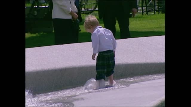 queen opens diana memorial fountain:; england: london: hyde park: ext diana memorial fountain opening ceremony part 13 of 14 top view hyde park and... - small stock videos & royalty-free footage