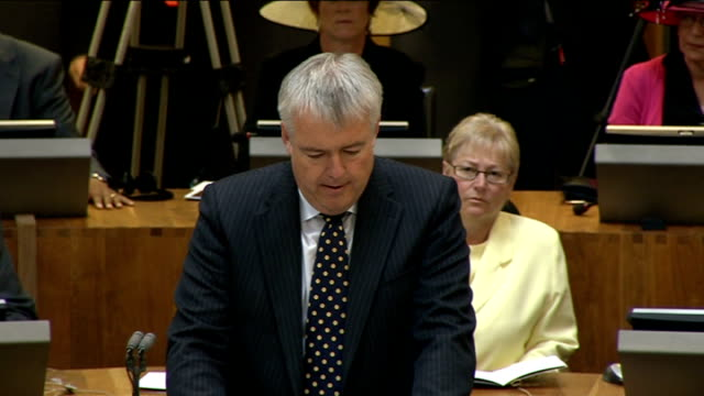 queen opens new welsh assembly session first minister carwyn jones am speech sot on behalf of all assembly members may i begin by thanking your... - welsh culture stock videos & royalty-free footage