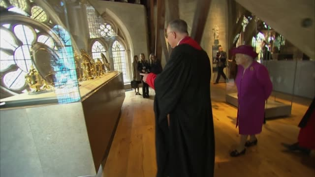 queen opens the queen's diamond jubilee galleries at westminster abbey england london westminster westminster abbey queen elizabeth ii and john hall... - the queen stock videos and b-roll footage