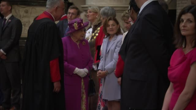 queen opens the queen's diamond jubilee galleries at westminster abbey; england: london: westminster: westminster abbey: people waiting on ground... - alan titchmarsh stock videos & royalty-free footage
