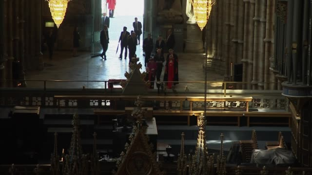 queen opens the queen's diamond jubilee galleries at westminster abbey england london westminster westminster abbey high angle view of queen... - westminster abbey stock-videos und b-roll-filmmaterial