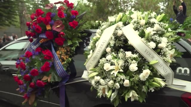 queen sofia spanish prime minister pedro sanchez politicians singers musicians and fans say farewell to opera star montserrat caballe at her funeral... - montserrat caballé stock videos & royalty-free footage