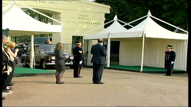 charles queen walking about in garden england london chelsea flower show ext prince edward sophie countess of wessex along at flower show / edward... - elizabeth ii stock videos & royalty-free footage