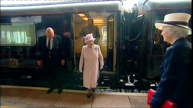 queen visits herefordshire; england: herfordshire: hereford: ext gv steam train pulling into station / gv queen elizabeth ii and prince philip, duke... - herefordshire stock videos & royalty-free footage