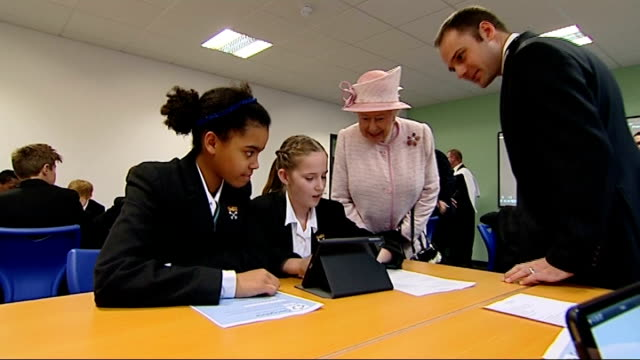 queen visits holyport college the country's first free school with boarding places england berkshire holyport college int queen elizabeth ii along... - boarding school stock videos & royalty-free footage