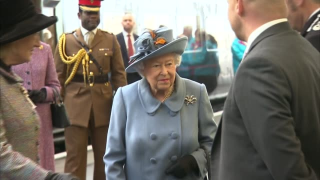 Queen visits Hull during its year as City of Culture arrival at station and visit to Siemens Gamesa ENGLAND Humberside Hull PHOTOGRAPHY***...