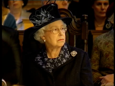 queen visits st bride's church choir sing hymn / psalm sot / queen listening to singing / more of choir singing sot / queen and duke of edinburgh... - psalms stock videos and b-roll footage