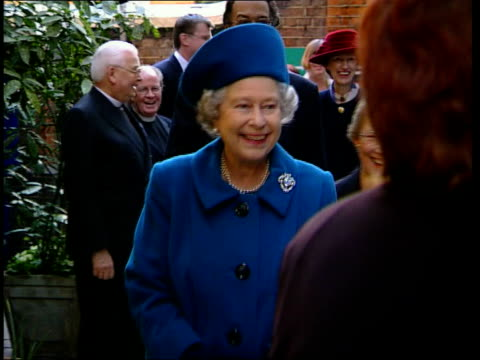 queen visits st clement danes school england london st clement danes school photography** school children bell ringing as queen arrives at school /... - plaques stock videos & royalty-free footage