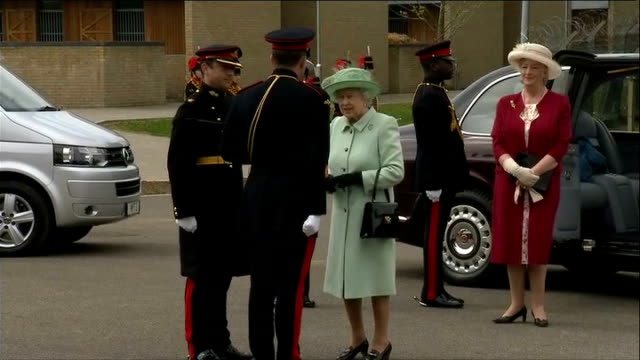 Queen visits The Kings Troop Royal Horse Artillery at Woolwich Barracks ENGLAND London Woolwich Barracks THROUGHOUT*** People waiting / mounted...
