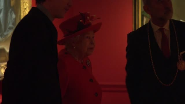 Queen visits the Royal Academy of Arts and reopens it following refurbishment ENGLAND London Royal Academy of Arts PHOTOGRAPHY*** Queen Elizabeth II...