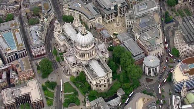 queen's 90th birthday air views of motorcade from buckingham palace to st paul's cathedral england london buckingham palace / st paul's cathedral and... - 90th birthday stock videos and b-roll footage