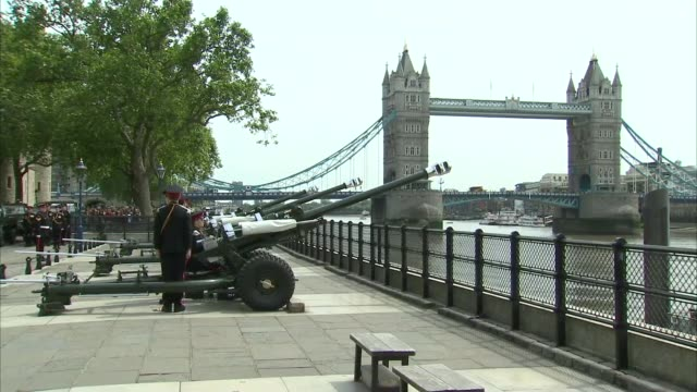 queen's 90th birthday: service of national thanksgiving held; tower of london: gun salute fired to mark 95th birthday of prince philip, the duke of... - 90th birthday stock videos & royalty-free footage