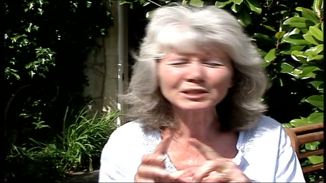 queen's birthday honours list; itn location unknown: ext author, jilly cooper, typing at picnic table in her garden jilly cooper obe interview sot -... - literature 個影片檔及 b 捲影像