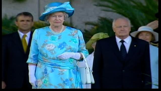 queen's golden jubilee visit to australia ends australia brisbane ext queen elizabeth ii standing as people cheer clap sot national anthem played sot... - golden jubilee stock videos & royalty-free footage