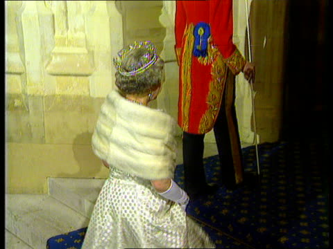 queen's speech 1991 bbc london westminster tms queen gets out of carriage past princess of wales standing at side zoom in pan lr away into hop... - the queen's speech state opening of uk parliament stock videos & royalty-free footage